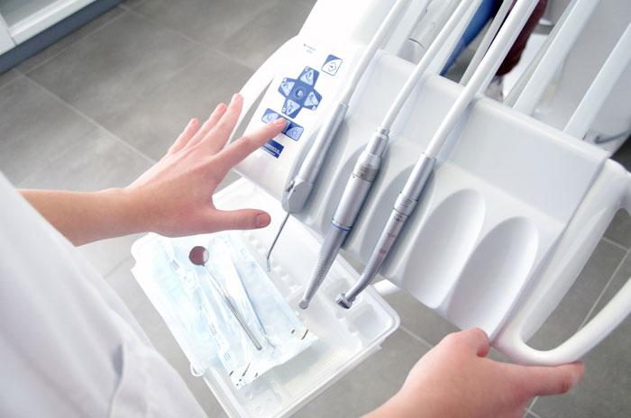 歯医者で行うオフィスホワイトニングのデメリットとは何?