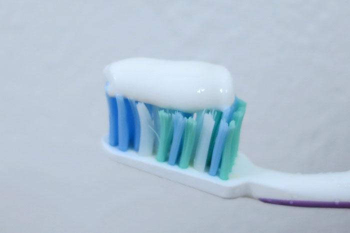 ソニッケアーに歯磨き粉を使っても大丈夫?